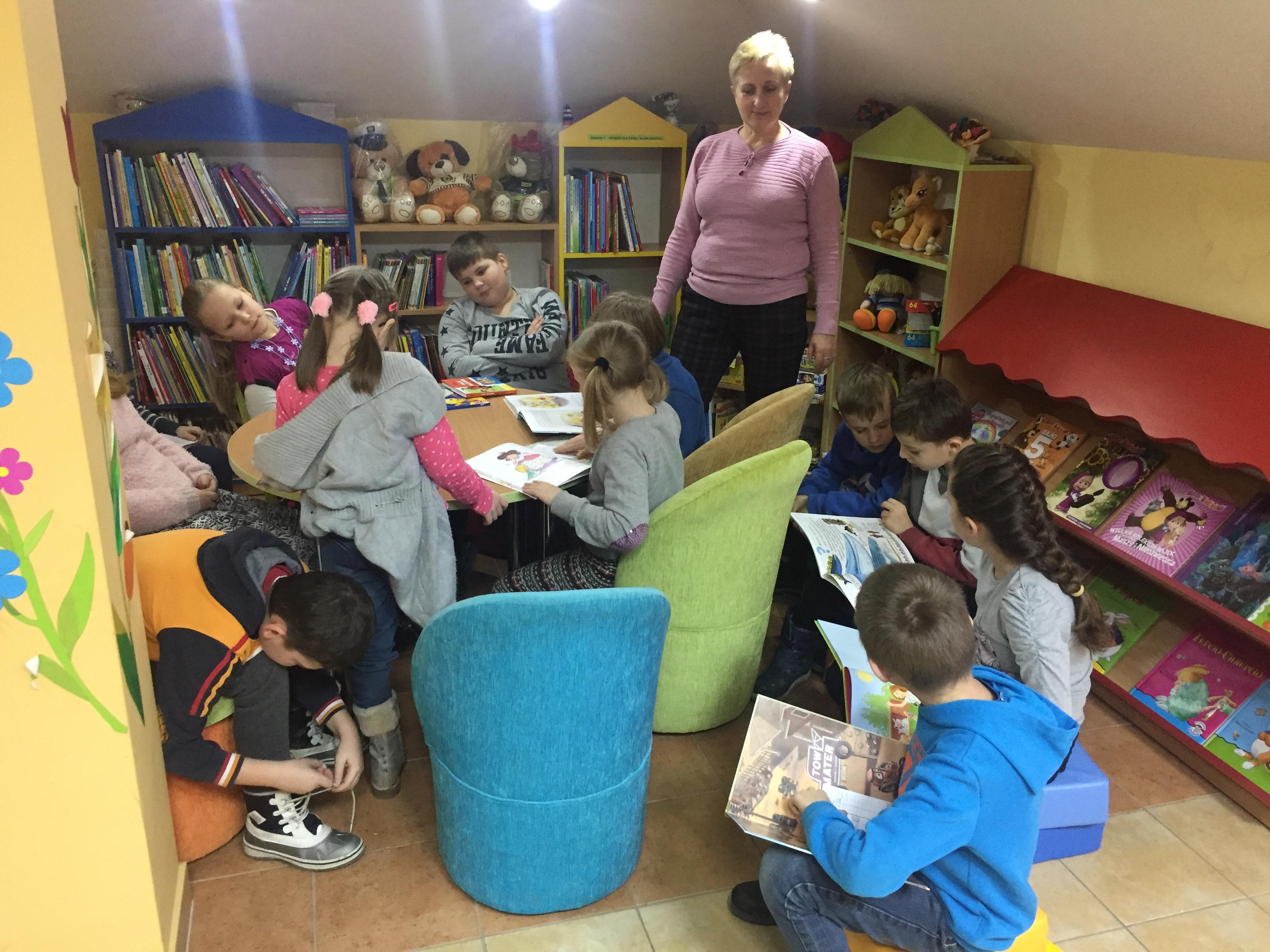Wizyta w bibliotece gminnej